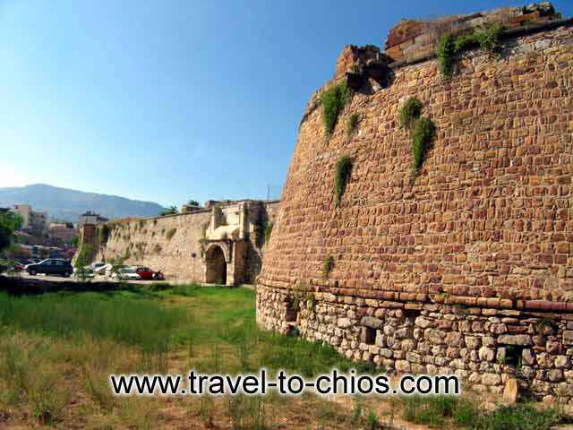 THE FORTRESS OF CHIOS - The Castle or Fortress of Chios lies north of the center of town.  When it was built, it enclosed the entire town of Chios, soon thereafter, however, the town expanded beyond the Castle walls.
